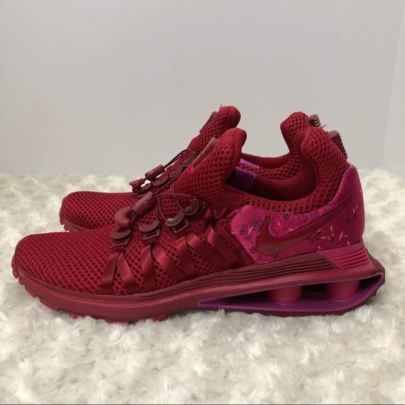 8b198ee6788 Nike shox gravity red crush wild cherry size 7